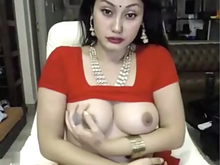 indian bitch masturbates in saree ohmibod lovense amateur big tits brunette